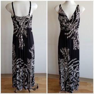 Soma Intimates | black and white | maxi dress | M